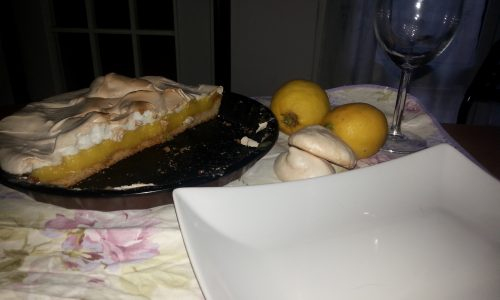 Lemon mering pie