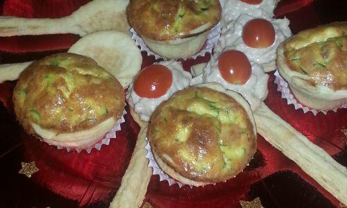 Mini quiche con zucchine e pancetta croccante